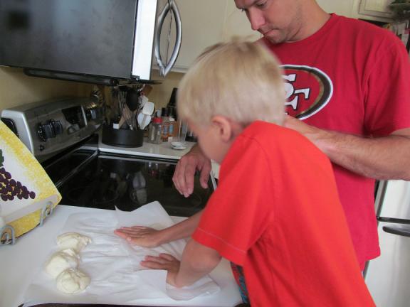 Kaden Pressing Dough